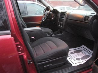 2005 Ford Explorer XLT  3RD ROW SEATS! 4WD! New Brunswick, New Jersey 7