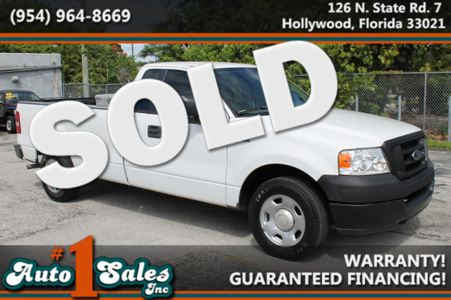 2005 Ford F-150 XL  WARRANTY 2 OWNERS FLORIDA VEHICLE TRADES WELCOME  This 2005 Ford F15