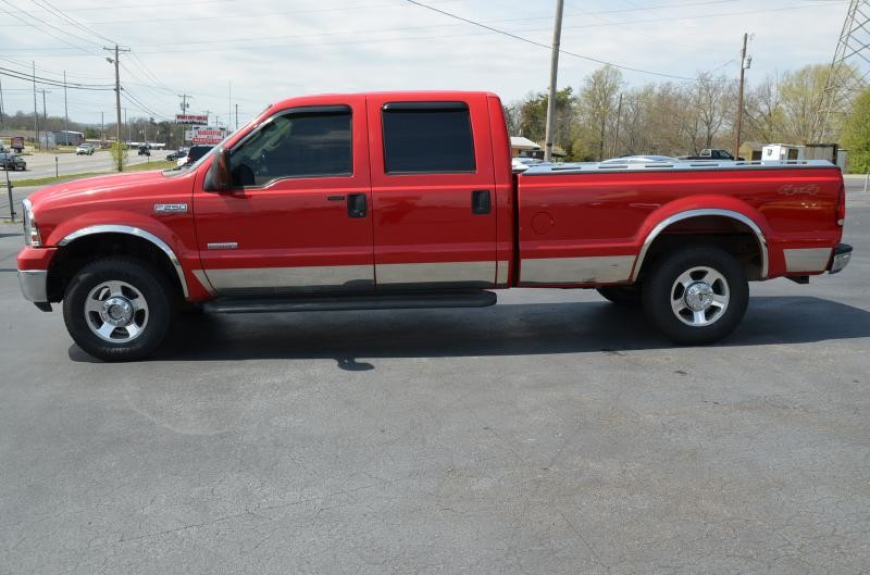 2005 Ford F250  SuperDuty Lariat 4x4  in Maryville, TN