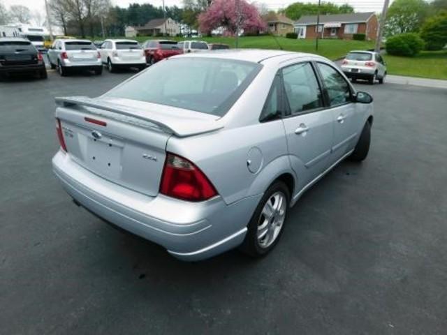 2005 Ford Focus ST Ephrata, PA 3