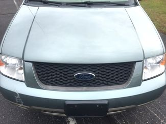 2005 Ford   2 Owner!! $3995!! Freestyle 3RD ROW! SE=BUY HERE PAY HERE!! Knoxville, Tennessee 1