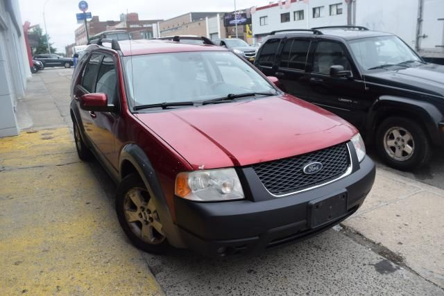 2005 Ford Freestyle SEL Richmond Hill, New York 1