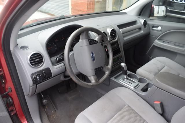 2005 Ford Freestyle SEL Richmond Hill, New York 11