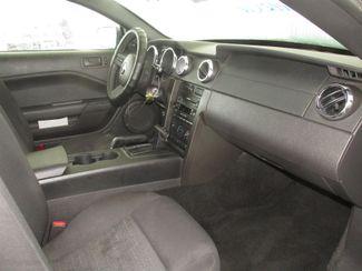 2005 Ford Mustang Deluxe Gardena, California 8