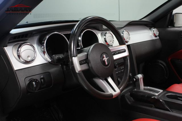 2005 Ford Mustang Premium Merrillville, Indiana 9