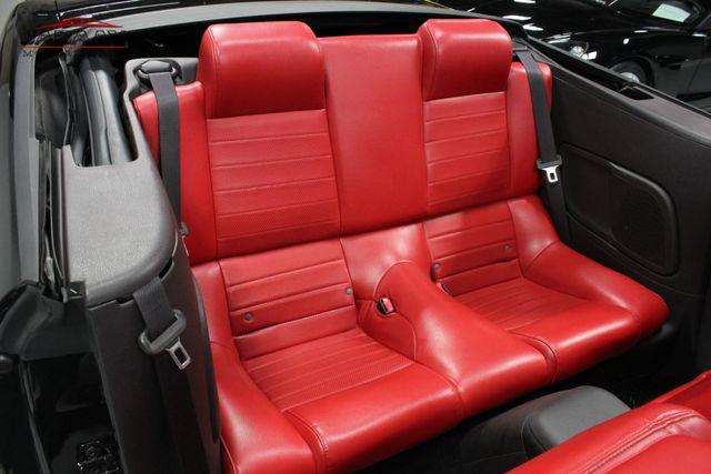 2005 Ford Mustang Premium Merrillville, Indiana 13