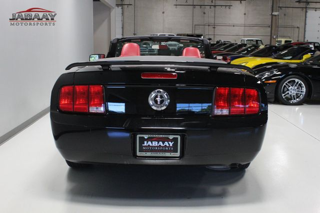 2005 Ford Mustang Premium Merrillville, Indiana 3