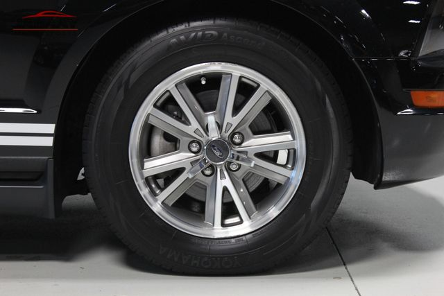 2005 Ford Mustang Premium Merrillville, Indiana 44