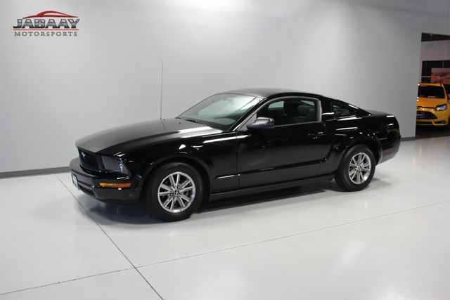 2005 Ford Mustang Deluxe Merrillville, Indiana 27