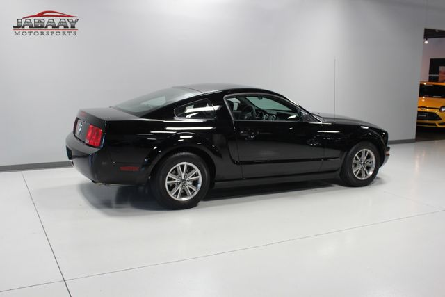 2005 Ford Mustang Deluxe Merrillville, Indiana 33
