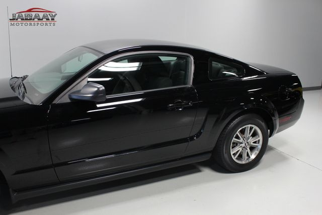 2005 Ford Mustang Deluxe Merrillville, Indiana 26