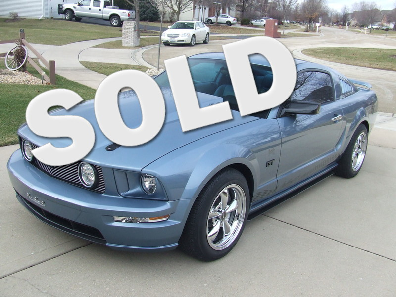 2005 Ford Mustang GT Premium in Mokena Illinois