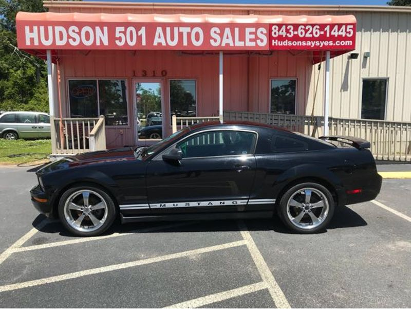 2005 Ford Mustang V6 Deluxe Coupe | Myrtle Beach, South Carolina | Hudson Auto Sales in Myrtle Beach South Carolina