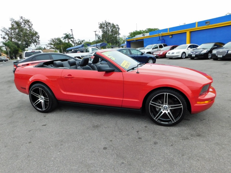 2005 Ford Mustang Deluxe | Santa Ana, California | Santa Ana Auto Center in Santa Ana, California