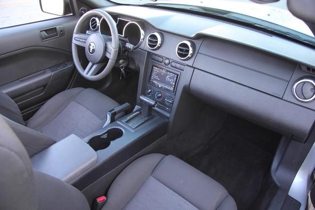 2005 Ford Mustang Deluxe Santa Clarita, CA 9