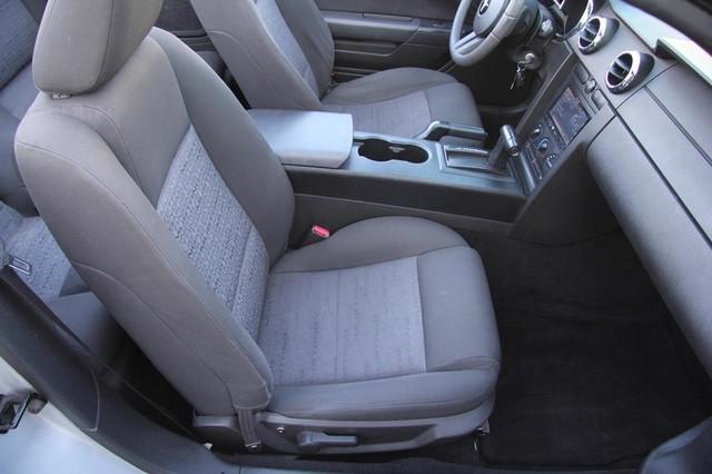 2005 Ford Mustang Deluxe Santa Clarita, CA 21