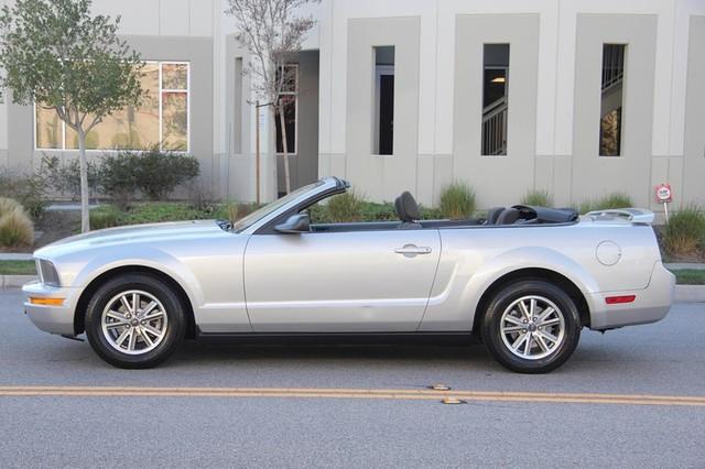 2005 Ford Mustang Deluxe Santa Clarita, CA 5