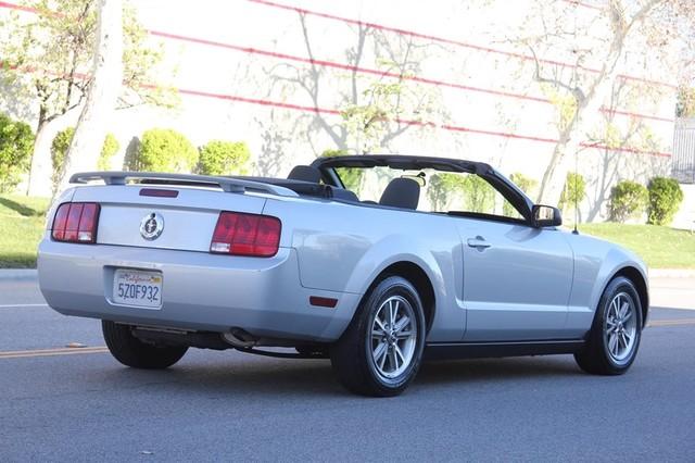 2005 Ford Mustang Deluxe Santa Clarita, CA 12