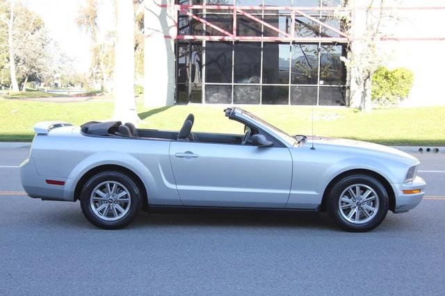 2005 Ford Mustang Deluxe Santa Clarita, CA 6