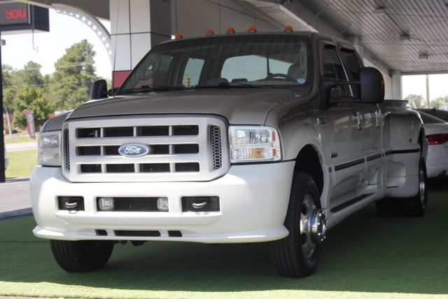 2005 Ford Super Duty F-350 DRW Lariat Crew Cab 4x4 - SOUTHERN COMFORT! Mooresville , NC 24