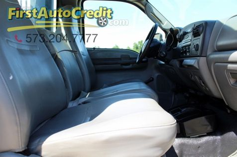 2005 Ford Super Duty F-350 SRW XL | Jackson , MO | First Auto Credit in Jackson , MO