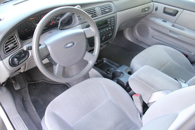 2005 Ford Taurus SE Santa Clarita, CA 8