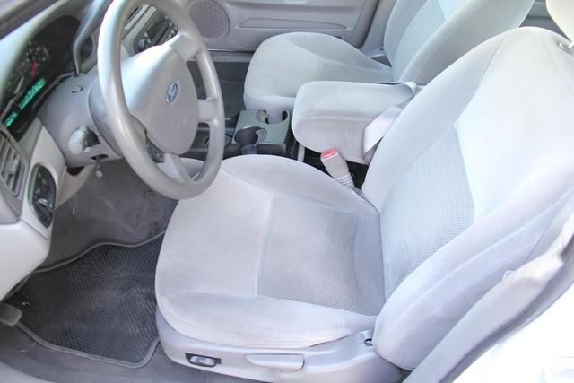 2005 Ford Taurus SE Santa Clarita, CA 13