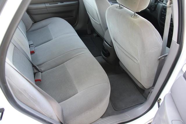 2005 Ford Taurus SE Santa Clarita, CA 16