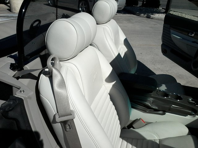 2005 Ford Thunderbird LIMITED EDTION  50th Anniversary San Antonio, Texas 11