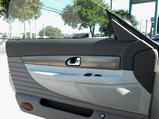 2005 Ford Thunderbird LIMITED EDTION  50th Anniversary San Antonio, Texas 12