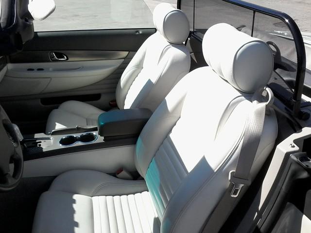 2005 Ford Thunderbird LIMITED EDTION  50th Anniversary San Antonio, Texas 9