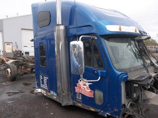 2005 Freightliner CORONADO 132 Ravenna, MI 1