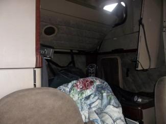 2005 Freightliner CORONADO 132 Ravenna, MI 4