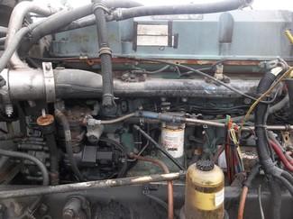 2005 Freightliner CORONADO 132 Ravenna, MI 7