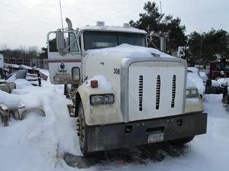 2005 Freightliner Ravenna, Michigan