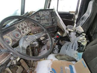 2005 Freightliner Ravenna, MI 5