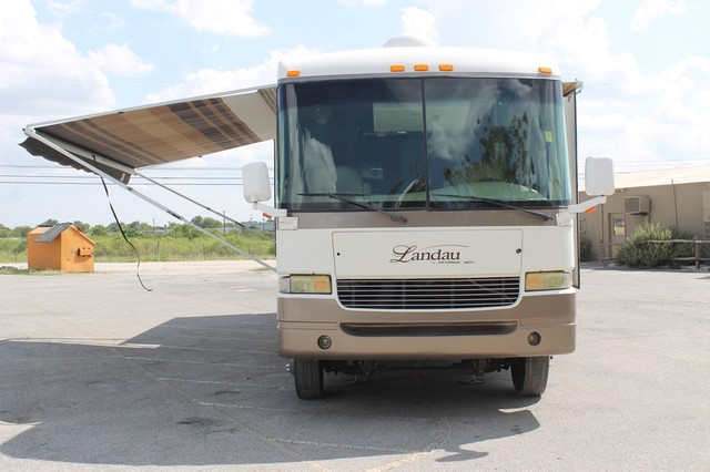 2005 Georgie Boy Landau 3650 San Antonio, Texas 34