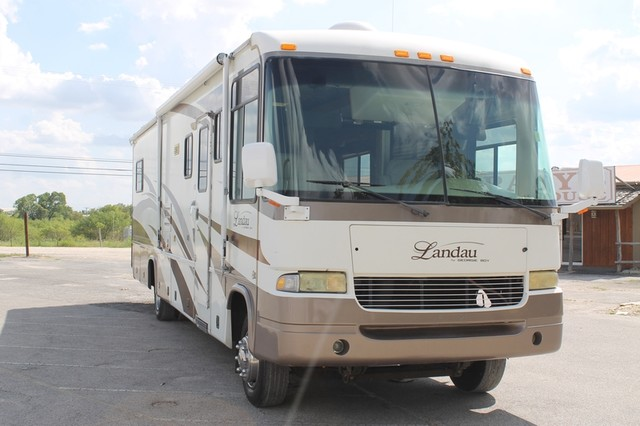 2005 Georgie Boy Landau 3650 San Antonio, Texas 47