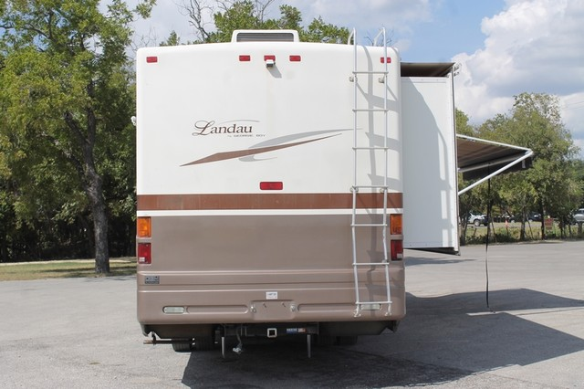 2005 Georgie Boy Landau 3650 San Antonio, Texas 39