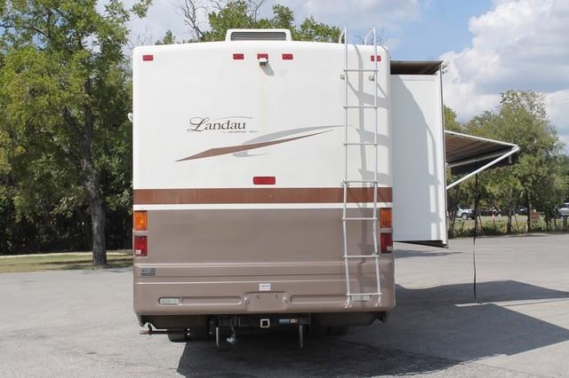 2005 Georgie Boy Landau 2 Slides San Antonio, Texas 39