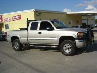 2005 GMC Sierra 2500HD SLE San Antonio, Texas 4