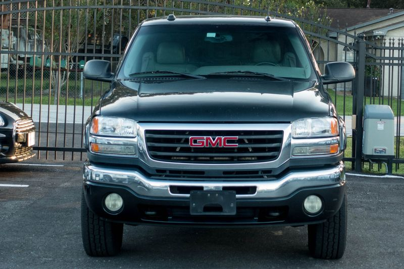 2005 GMC Sierra 2500HD SLT   Texas  EURO 2 MOTORS  in , Texas