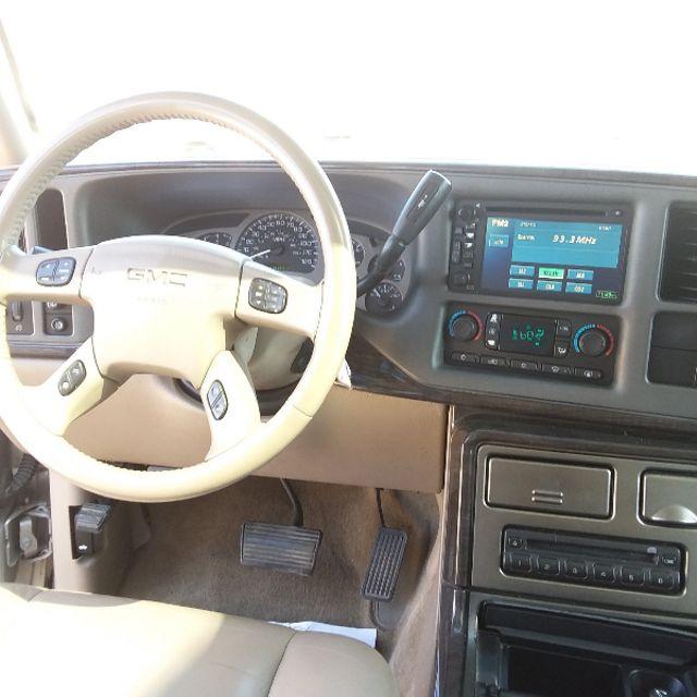 2005 GMC Yukon XL Denali NEW TIMING CHAIN! NEW WATER PUMP!! Golden, Colorado 4