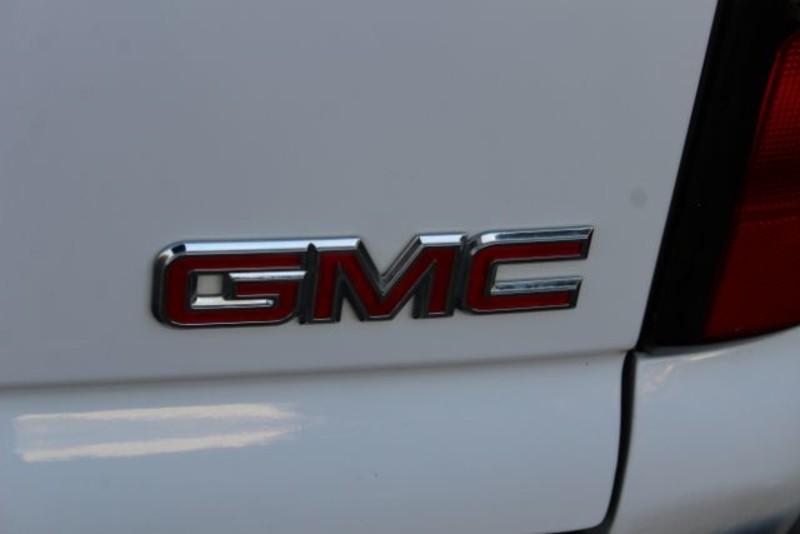 2005 GMC Yukon XL Denali XL  city MT  Bleskin Motor Company   in Great Falls, MT