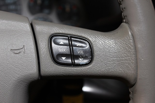 2005 GMC Yukon XL Denali   city Illinois  Ardmore Auto Sales  in West Chicago, Illinois