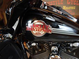 2005 Harley-Davidson Electra Glide® Ultra Classic® Anaheim, California 30