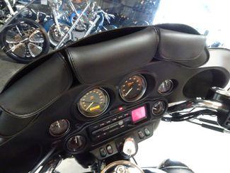 2005 Harley-Davidson Electra Glide® Ultra Classic® Anaheim, California 37