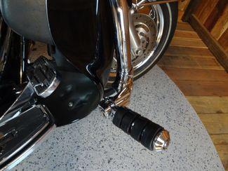 2005 Harley-Davidson Electra Glide® Ultra Classic® Anaheim, California 13