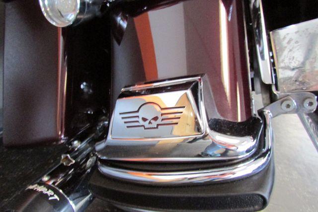 2005 Harley-Davidson Electra Glide® Standard Arlington, Texas 12