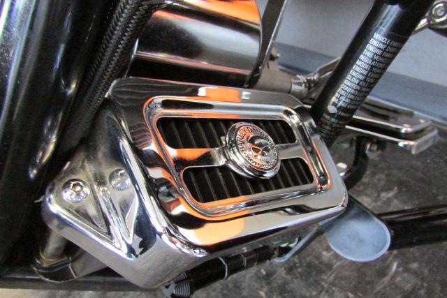 2005 Harley-Davidson Electra Glide® Standard Arlington, Texas 26